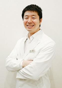 医師 内藤 祥