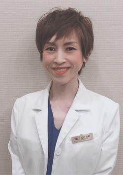 高田 真莉 医師